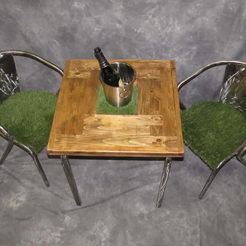Grassy Bistro Set